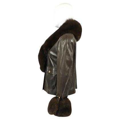 Chanel Giacca in pelle con volantini e colletto