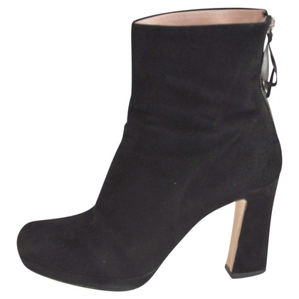 Miu Miu Wilder leather ankle boots in black