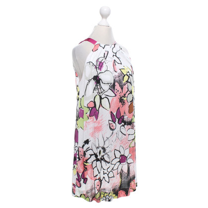 Dorothee Schumacher top with a floral pattern