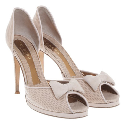 Iceberg Peep-toes in cream