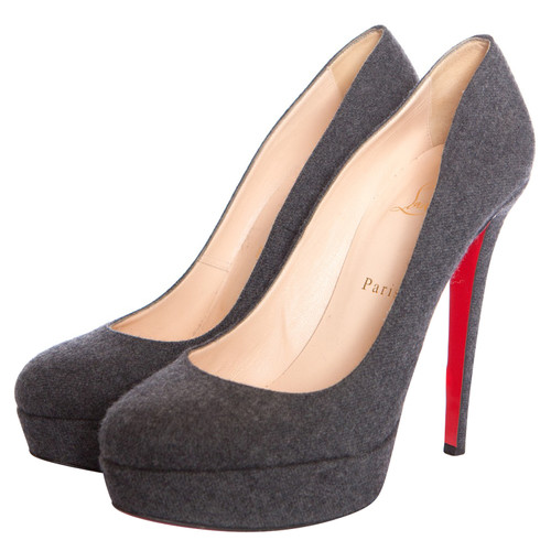 huge discount 06987 2096a Christian Louboutin Pumps/Peeptoes Wool in Grey - Second ...