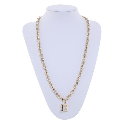 Escada Link chain with pendant