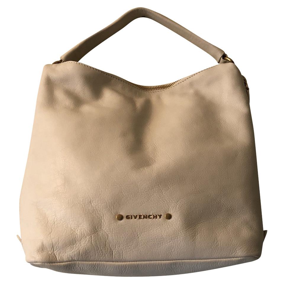 givenchy vintage handtasche second hand givenchy vintage handtasche gebraucht kaufen f r 150. Black Bedroom Furniture Sets. Home Design Ideas