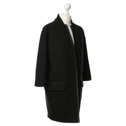 Pinko Coat in black