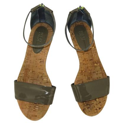 See by Chloé sandali in vernice