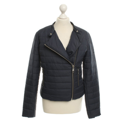 Closed Quilted Jacket in Dark Blue