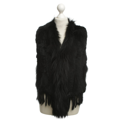 Oakwood Fur Vest in Black