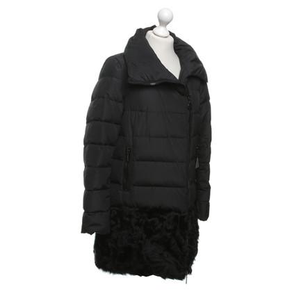 Moncler cappotto giù con bordo in pelliccia