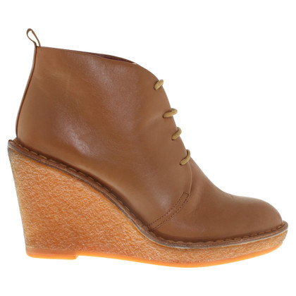 Marc by Marc Jacobs Wedges in Braun