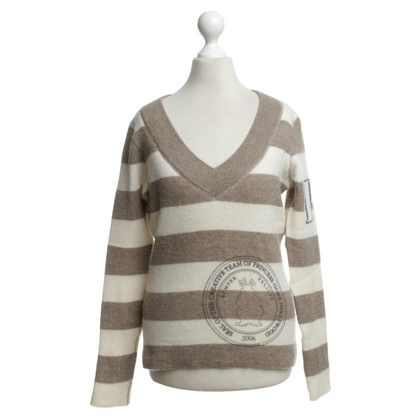 Princess goes Hollywood Cashmere sweater with striped pattern