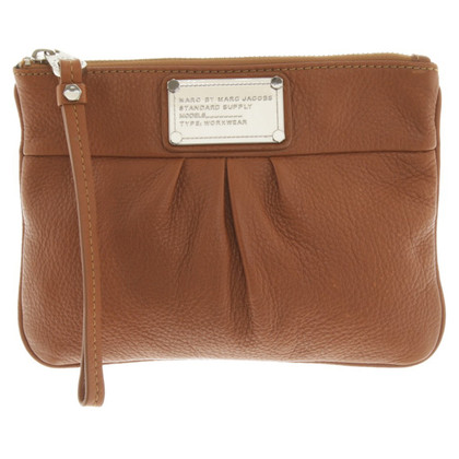 Marc by Marc Jacobs clutch in lichtbruin
