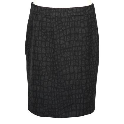 Karen Millen skirt in grey