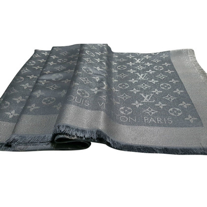Louis Vuitton Monogram Gray Silver Shine shawl