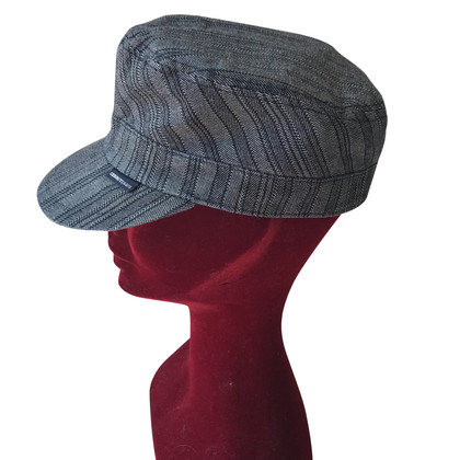 Cerruti 1881 Hat with striped pattern