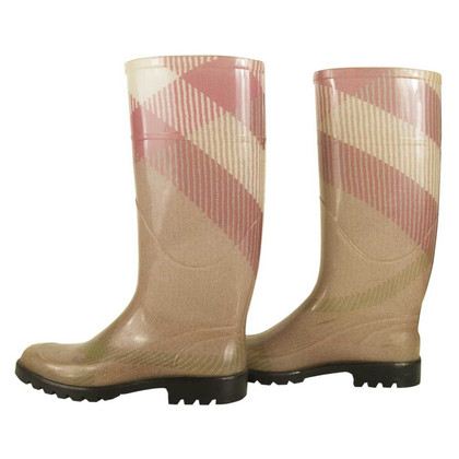 Burberry Rosa Wellingtons