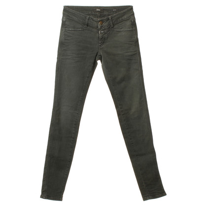 Closed Trousers in khaki