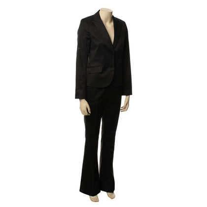 Theory Pants suit black