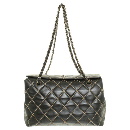 Chanel Leather bag in black