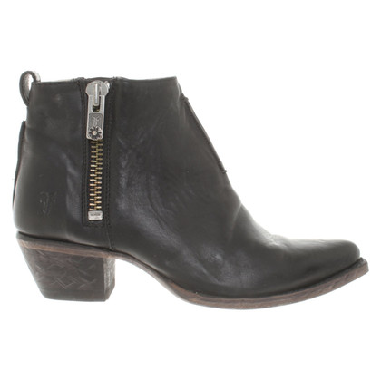 Frye Ankle boots in black