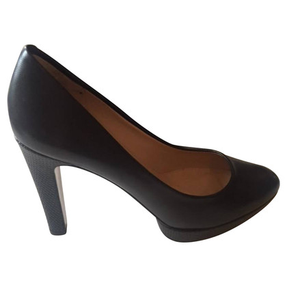 Hugo Boss pumps met plateau