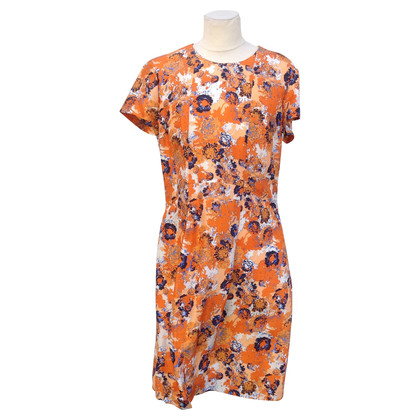 Hugo Boss Silk dress with pattern