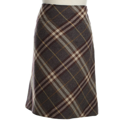 Burberry Patterned wool skirt