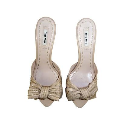 Miu Miu Loop sandal in patent leather
