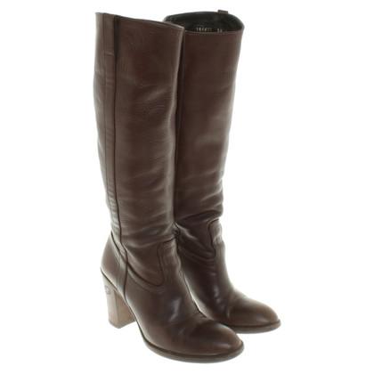 Gucci Stivali in pelle di colore marrone scuro