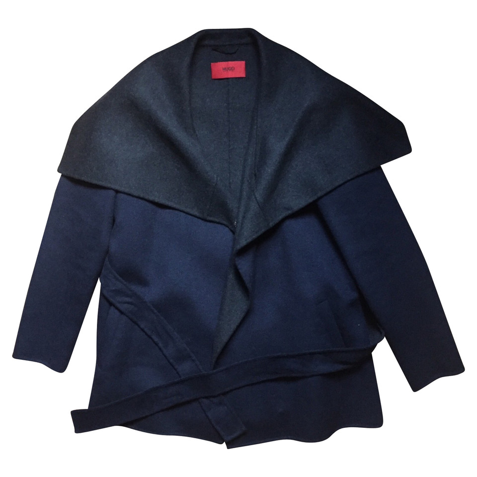 hugo boss veste acheter hugo boss veste second hand d 39 occasion pour 239 00 2555638. Black Bedroom Furniture Sets. Home Design Ideas