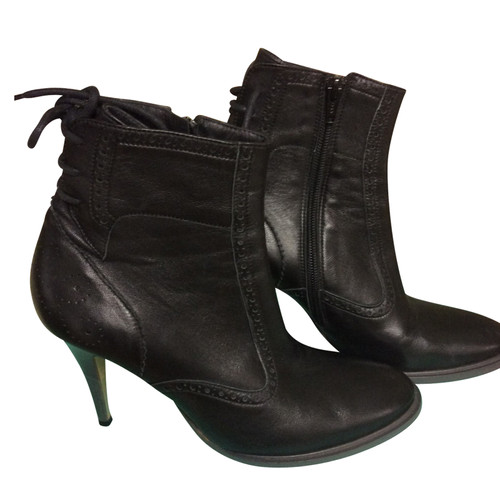 753e7c4a32d7e Other Designer A. F. Vandevorst - leather ankle boots - Second Hand ...