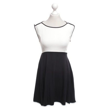French Connection Dress in white / dark blue