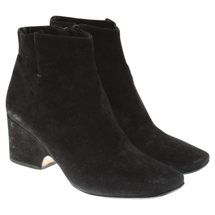 Calvin Klein Wild leather boots in black