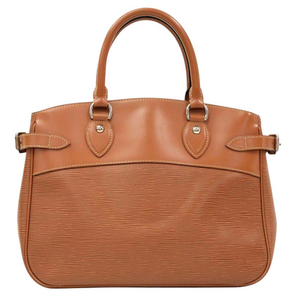 "Louis Vuitton ""Passy EPI leather"" in Brown"