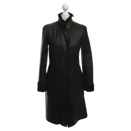 Jil Sander Lammfellmantel in Black