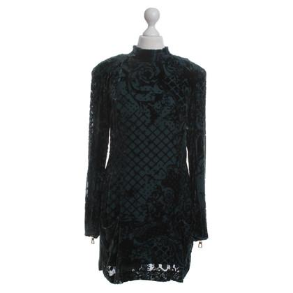Balmain X H&M Kleid mit Samtbesatz