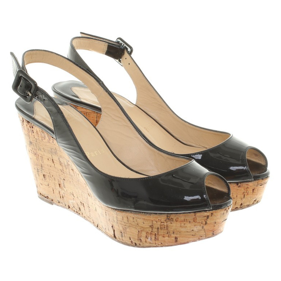 christian louboutin sandaletten mit keilabsatz second. Black Bedroom Furniture Sets. Home Design Ideas