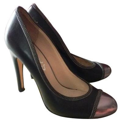 f359febe05da Michael Kors Shoes Second Hand  Michael Kors Shoes Online Store ...