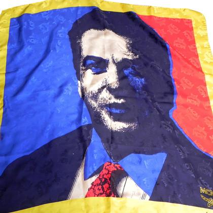 MCM  Zijden sjaal