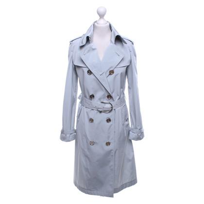 Burberry Trenchcoat in light gray