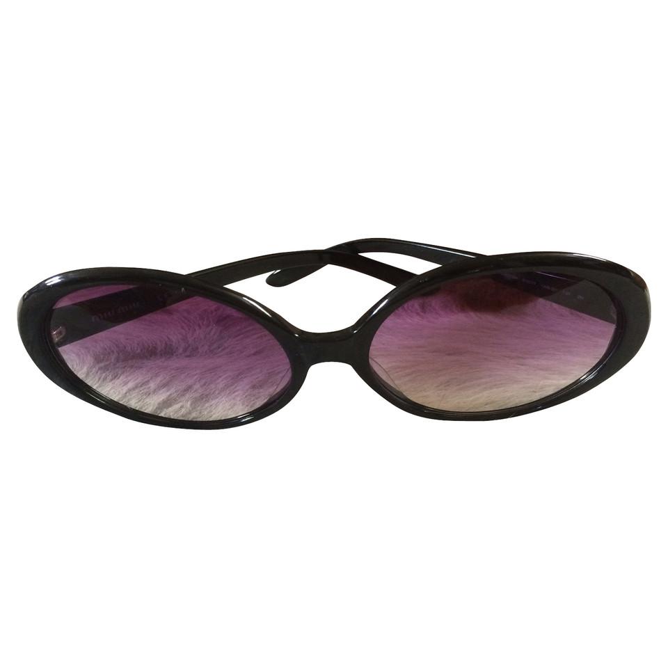 miu miu lunettes de soleil acheter miu miu lunettes de soleil second hand d 39 occasion pour 119. Black Bedroom Furniture Sets. Home Design Ideas