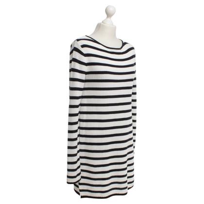 Laurèl Long sleeve dress in blue / white