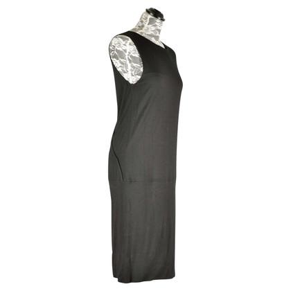 Marc Cain Kleid mit Kettendetail