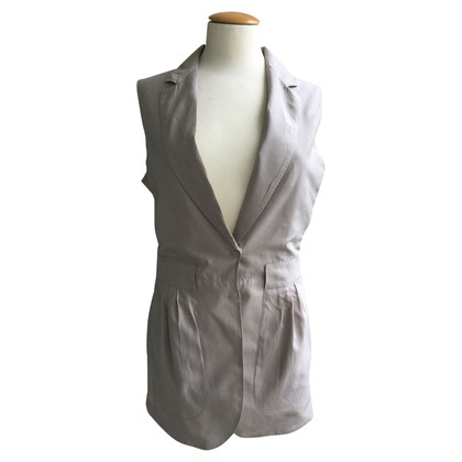 Brunello Cucinelli Vest with silk