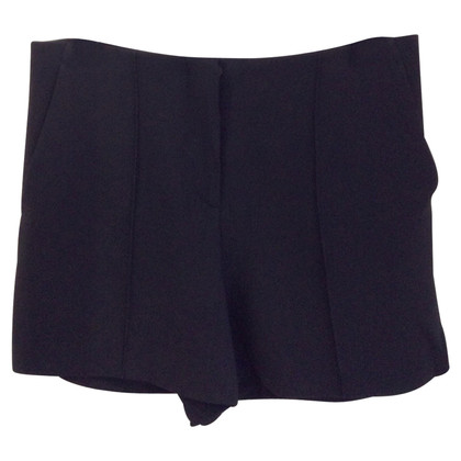 Miu Miu Shorts in Schwarz