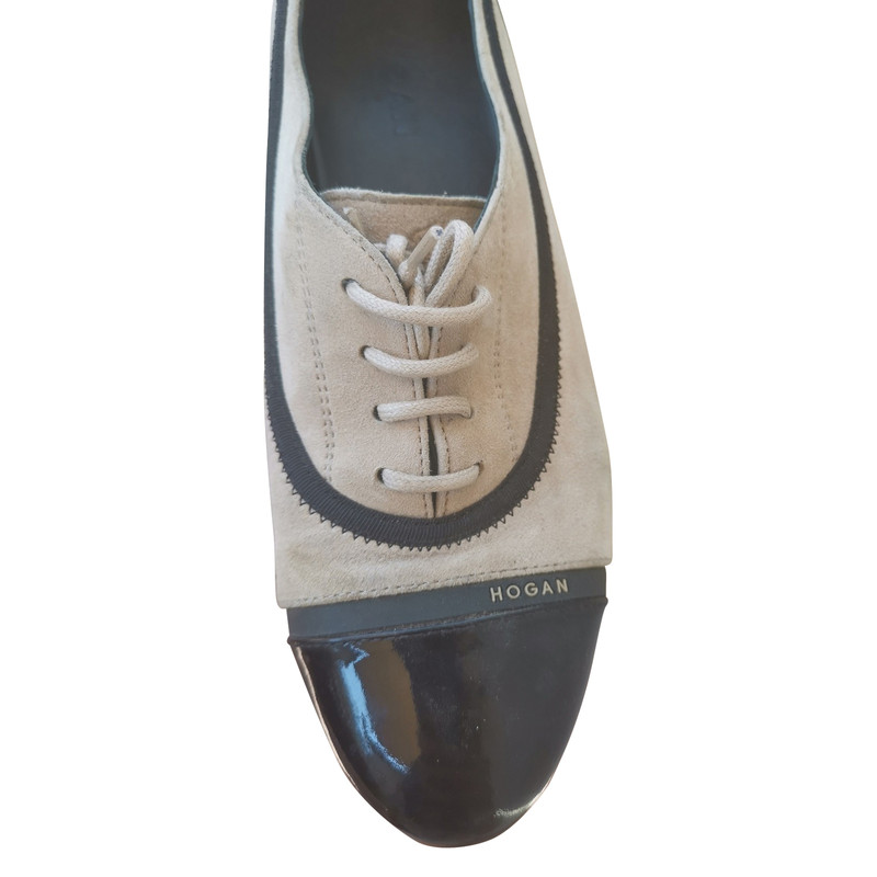 Hogan Lace up shoes Suede in Cream Second Hand Hogan Lace