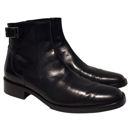 Giorgio Armani Leather ankle boots