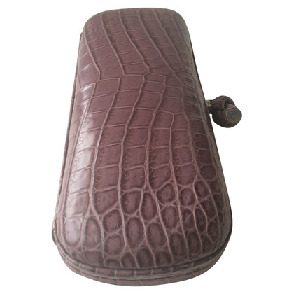 "Bottega Veneta ""Knot clutch"" made of crocodile leather"