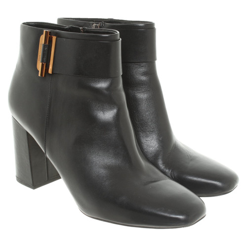 ed5f4f3f3e97 Michael Kors Ankle boots Leather in Black - Second Hand Michael Kors ...