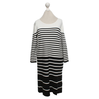 Bloom Knit dress in cream / black