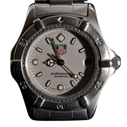 "Tag Heuer ""2000 Professional"""